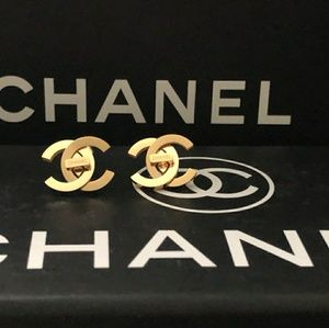 Chanel Earring with Chanel box